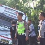 Bus Rombongan Guru TK Terguling,  5 Orang Tewas