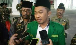 Cawali Surabaya Ditantang Teken Pakta Integritas Tolak Radikalisme