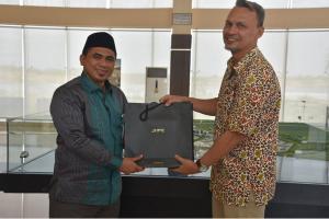 Wagub Jateng ke Gresik Jajaki Pembangunan Pelabuhan