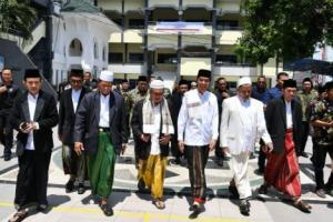 Ulama Madura Deklarasi Dukung Jokowi, Ada La Nyalla