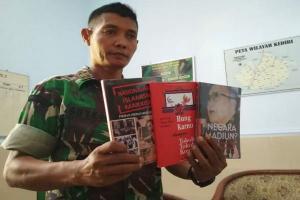 Petugas Sita Ratusan Buku Diduga Berisi Ajaran Komunis
