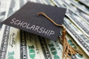 Pemkab Pasuruan Anggarkan Beasiswa Rp24 Juta Per Orang