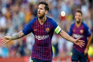 Gol ke-400 Messi Bawa Barca Perkasa di Puncak Klasemen
