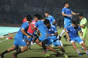 Laga Dua Biru di Bandung Diprediksi Ketat