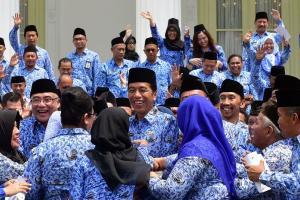 Jokowi Minta KORPRI Turunkan Stunting dan Awasi Dana Desa