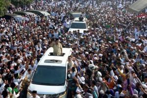 La Nyalla: Massa yang Sambut Prabowo dari Luar Madura
