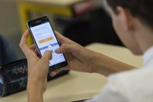 Ujian Nasional di Jatim Mendatang Tanpa Smartphone