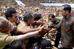 Jokowi Teken PP Gaji,  Kades ini Malah Resah