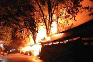 Kebakaran Ludeskan 35 Kios di Pasar Legi