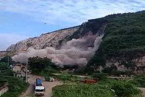 Cari Korban Longsor Gunung Kapur, Petugas Tunggu Bahan Peledak