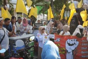 Demo, Emak-emak BPJS Tuntut Pembentukan TPF Pemilu
