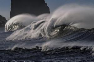 Waspadai Hujan dan Gelombang Tinggi di Perairan Jatim
