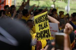 Catatan Kritis Aktivis Antikorupsi terhadap KPK