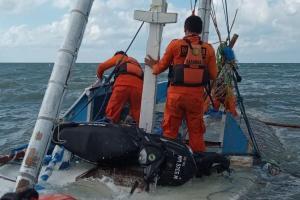 Jasad Bocah Korban Kapal Tenggelam Ditemukan
