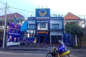 Ketua NasDem Surabaya Pastikan Mundur, DPP Mengaku Putus Kontak