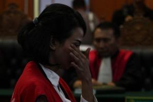 Hakim Vonis Vanessa Angel 5 Bulan Penjara