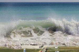 Jatim Terancam Tsunami bila Gempa Magnitudo 8,8 Terjadi