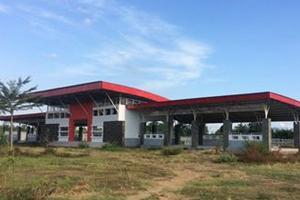 Bangunan Pasar Hewan Terpadu Tulungagung Retak dan Mangkrak
