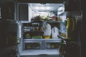 Jangan Tergoda Cek ASI dalam Freezer Saat Listrik Padam