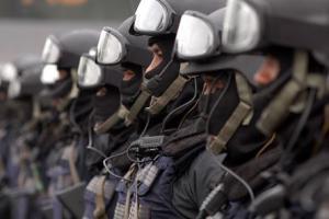 Pengamanan Mapolsek Wonokromo Diperketat
