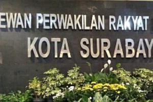 Raperda Trantibmum Surabaya Tak Bisa Disahkan