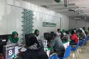 Iuran Naik, Warga Surabaya 'Serbu' Kantor BPJS