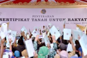 Petani Lamongan Tagih Janji Jokowi