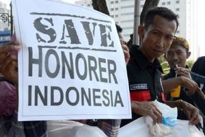 Ribuan Guru Honorer Nganjuk Surati Jokowi