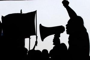 Aksi Lanjutan Surabaya Menggugat Ditunda