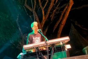 Penampilan Fariz RM Tutup Reyog Jazz Ponorogo
