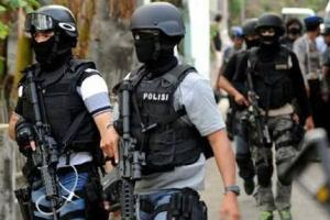 Densus Tangkap Terduga Teroris di Malang