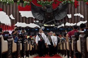 Siang Nanti, Jokowi-Ma'ruf Amin Dilantik di Parlemen