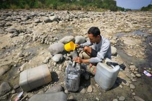Air Sungai dan Sumur Susut, Warga Kediri Bergeser ke Hutan