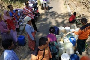 Jatah Air hingga November, BPBD Situbondo Harap Turun Hujan