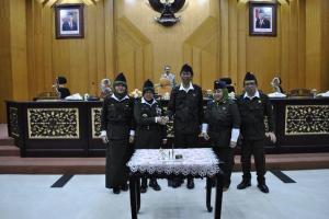 APBD Surabaya Disahkan Bertepatan dengan Hari Pahlawan