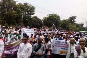 Aksi Bela Nabi, Massa FUIBB Demo Sukmawati