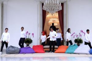 Bupati Banyuwangi Undang Stafsus Milenial Jokowi