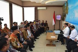 Pindah Ibu Kota, Jokowi 'Kulo Nuwun' ke Tokoh Masyarakat Kaltim
