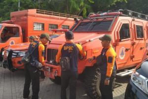 Pemkab Gresik  Kerahkan Mobil Amfibi Keluaran Terbaru ke Lokasi Banjir