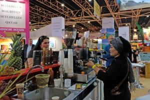 Covid-19 Mengancam, Agen Wisata ke Luar Negeri di SurabayaTak Ada Peminat