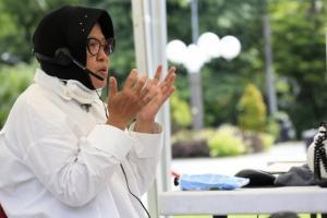 Risma:  Sebagian Besar OTG di Surabaya Berpotensi Positif Covid-19