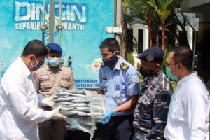 Kediri Dapat Bantuan 1 Ton Ikan Dari Pelabuhan Perikanan Nusantara Prigi