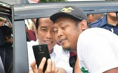 Tiba di Banyuwangi, Jokowi Disambut Tari Gandrung