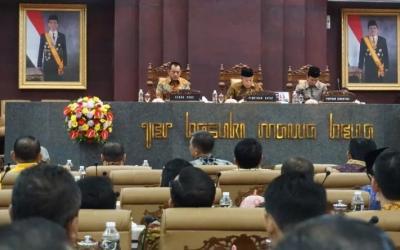 Inilah Ketua dan Wakil Ketua DPRD Jatim Periode 2019-2024