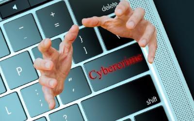 Tips Jaga Anak dari Penjahat Siber Ketika Online