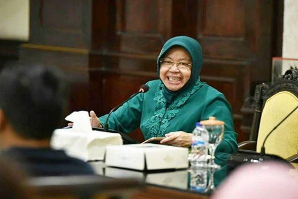 Mahasiswa Nimba Ilmu HI ke Pemkot Surabaya