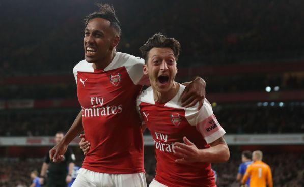 Arsenal Merangkak Naik ke Posisi 4