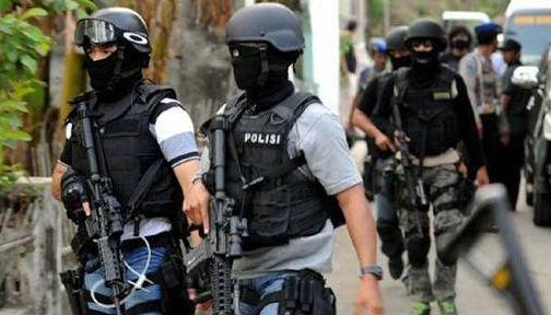 Densus 88 Ciduk Terduga Teroris di Madiun