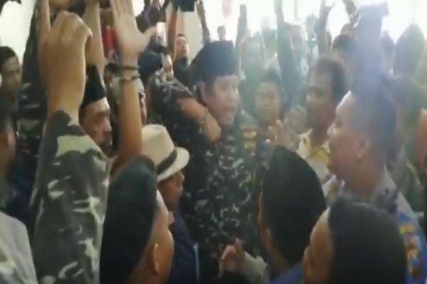 Sidang Gus Nur, Massa FPI dan Banser Nyaris Bentrok