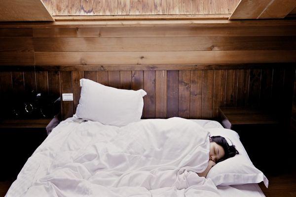 Waktu Tidur Ideal Agar Segar di Pagi Hari